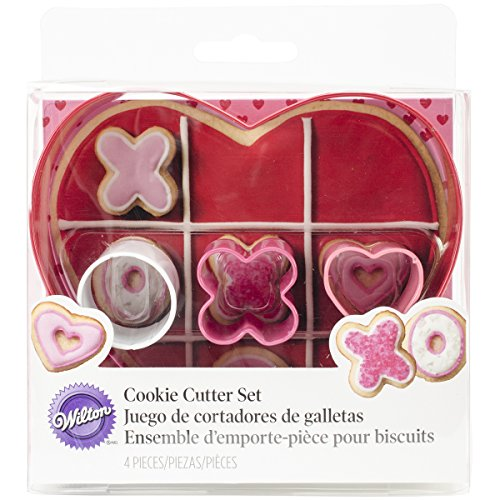 Wilton 2308-0216 4-Piece Kisses and Hugs Heart Cookie Cutter, Assorted (Hug And Kisses Tic Tac Toe)