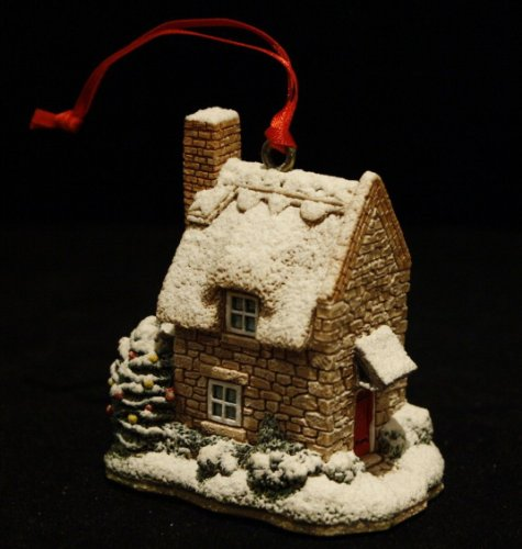 Lilliput Lane ** Robin Cottage Ornament ** LL011 - Lilliput Lane Christmas