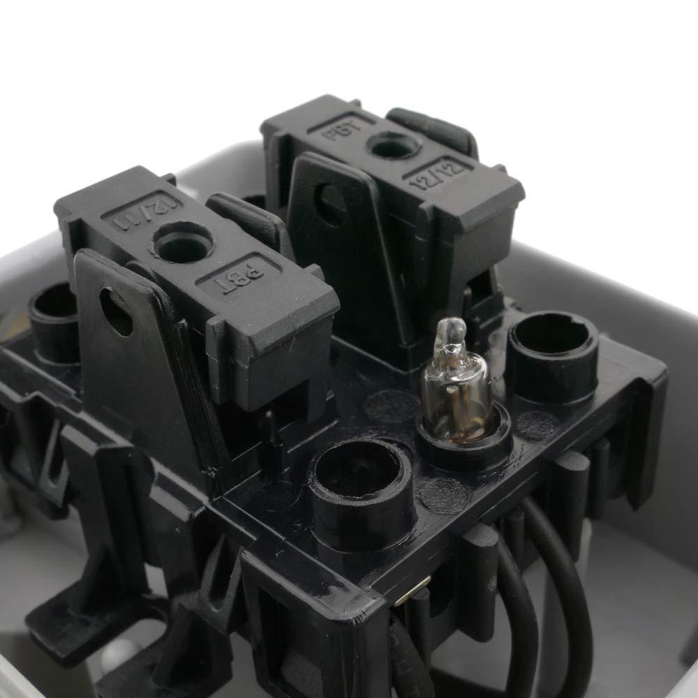 Base de Superficie estanca IP54 16A 250V con 2 x Interruptor conmutador y 1 x schuko BeMatik