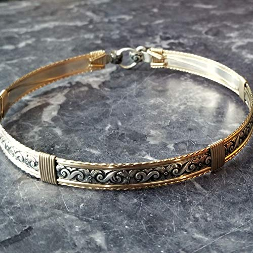 ZUZY Submissive Locking Day Collar, Sterling with Gold Accents ()