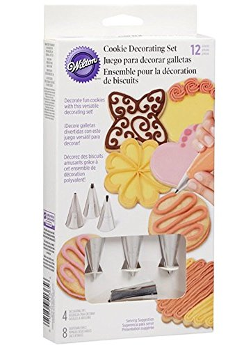 Wilton 2104-1365 12-Piece Cookie Decorating Set