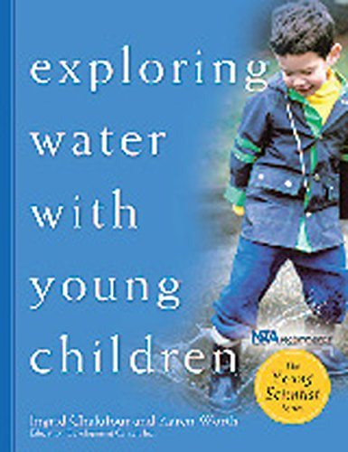 (Exploring Water with Young Children (The Young Scientist Series))