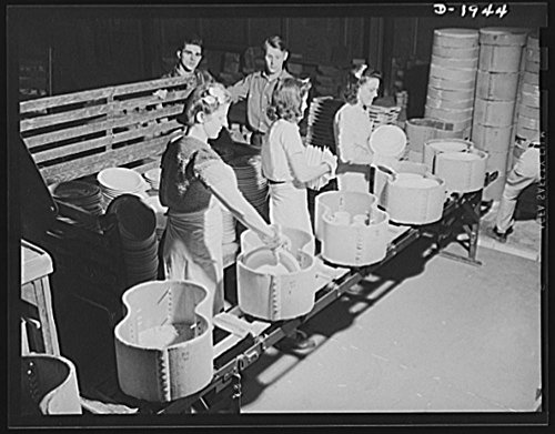 - 1941 Photo Removing finished ware from saggers. Shenango Pottery Works, Newcastle, Pennsylvania Location: Lawrence County, New Castle, Pennsylvania