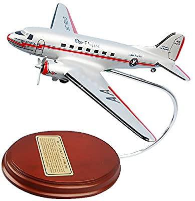 Mastercraft Collection Douglas DC-3 American Airlines World War II Transport Aircraft Model Scale:1/96