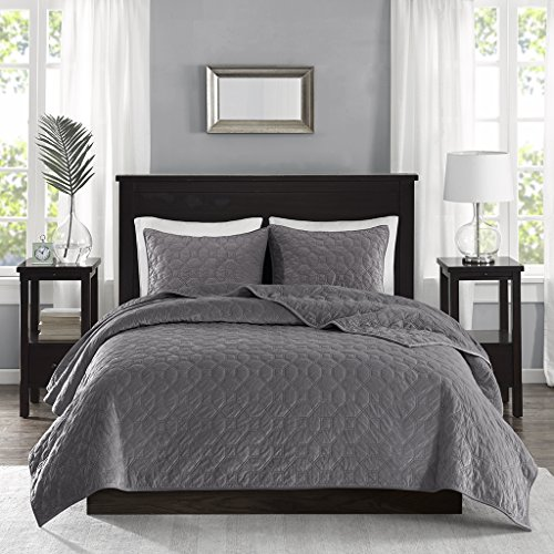 Madison Park Harper Velvet Full/Queen Size Quilt Bedding Set - Grey, Geometric - 3 Piece Bedding Quilt Coverlets - Velvet with 90% Cotton Filling Bed Quilts Quilted Coverlet (Bed Full Coverlet)