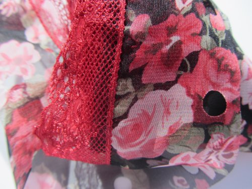 Circulo Tecido Rendado Trico Ruffling Scarf Yarn Color 2818 Red and Pink Floral with Red Lace