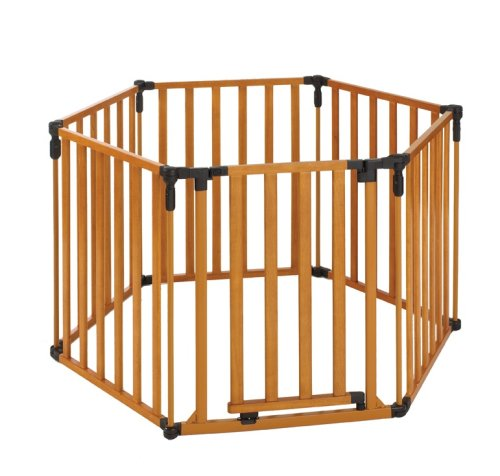 North States Superyard 3 in 1 Wood Gate by North States