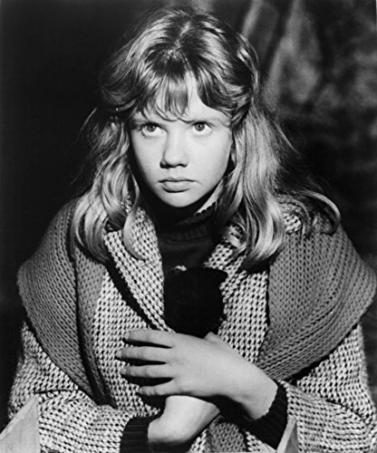 Posterazzi Whistle Down The Wind Hayley Mills 1961 Photo Poster Print (8 x 10) Varies
