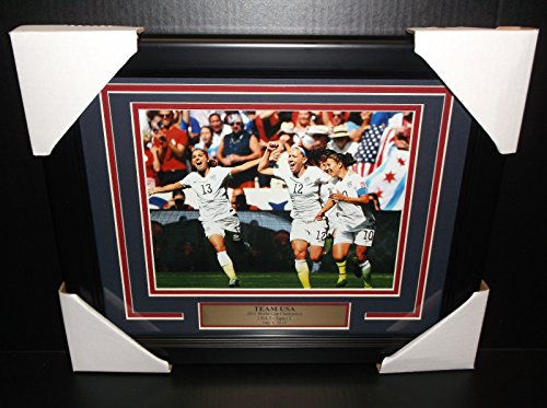 (2015 WOMEN'S WORLD CUP TEAM USA CHAMPIONS FRAMED 8X10 PHOTO ALEX MORGAN SOLO)