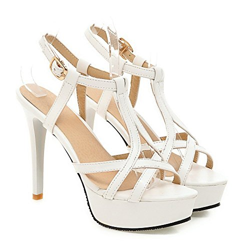 BalaMasa Ladies Solid Metal Buckles Imitated Leather Sandals White GSKP1z