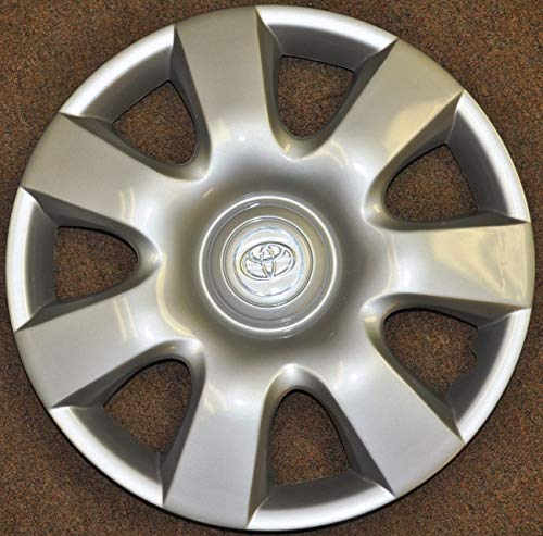 One New Replacement Fits 2002-2004 Toyota Camry Style Hubcap Wheel Cover; 15 Inch; 7 Spoke; Silver Color; abs Plastic