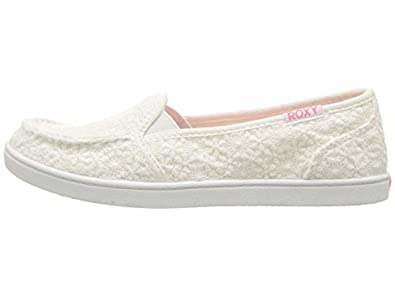 b2c4dafaf11113 Amazon.com   Roxy Girls RG Lido IV Canvas Slip On Loafers   Sandals