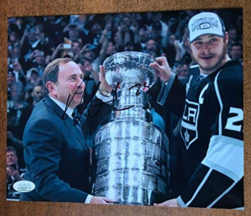 - Dustin Brown Autographed Signed Los Angeles Kings 8x10 Photo Memorabilia JSA Autographed Signed