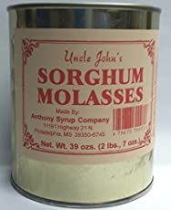 What is the difference between blackstrap molasses and sorghum syrup?