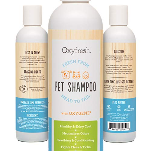 (Oxyfresh Pet Shampoo with Conditioner, 8 oz. - Citronella Scent, Flea and Tick Deterrent. Fights Odors. Relieves Skin Irritation, Perfect for Sensitive Skin. Professional Pet Groomer Strength.)