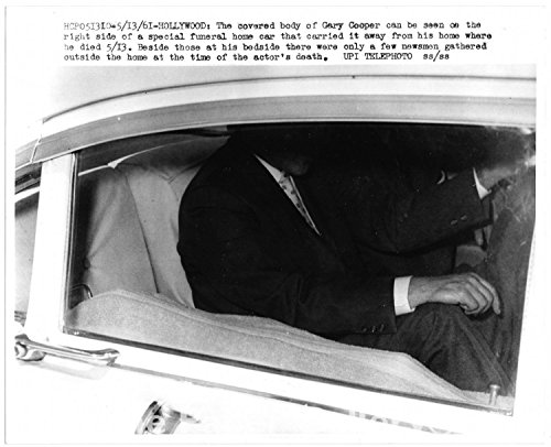 Photograph of the Covered Body of Gary Cooper in Funeral Car~101161