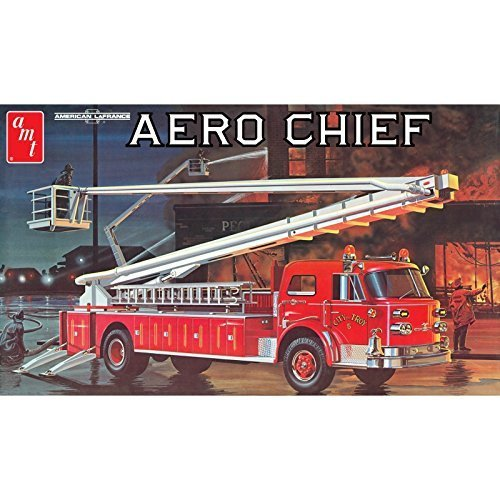 (American LaFrance Aero Chief Fire Truck 1/25 Scale Plastic Model Kit by AMT Ertl)