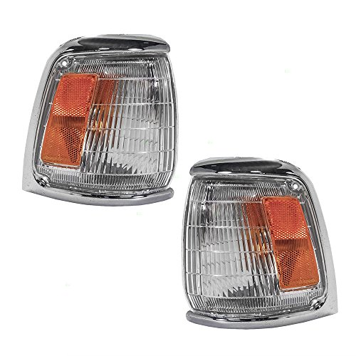 1990 90 Toyota Pickup Truck (Driver and Passenger Park Signal Corner Marker Lights Lamps with Chrome Trim Replacement for Toyota Pickup Truck 8162089177 8161089177)