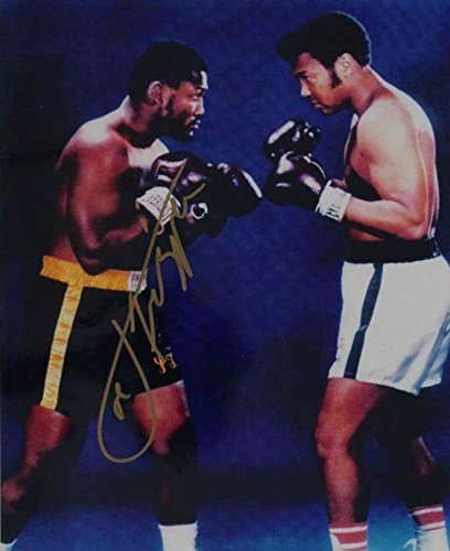 Joe Frazier (d. 2011) Signed Autographed Glossy 8x10 Photo - COA Matching Holograms ()