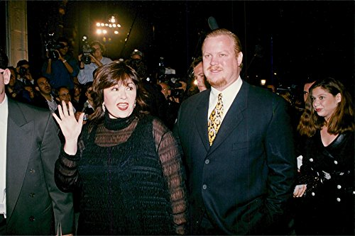 Vintage photo of Roseanne Barr and husband Ben Thomas arrives at Frank Sinatras 80th birthday party