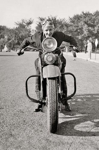 motorcycle mama pics  Amazon.com: Motorcycle Mama on Vintage Harley Davidson Motorcycle ...