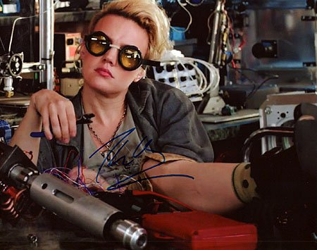 KATE MCKINNON (Ghostbusters) 8x10 Female Celebrity Photo Signed In-Person