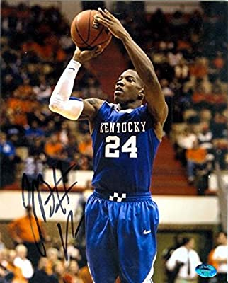 Autograph 119565 Kentucky Wildcats Image No. 2 John Wall Autographed 8 x 10 in. Photo