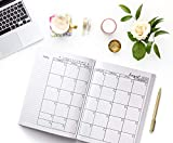 Teacher Lesson Planner: Weekly and Monthly Calendar
