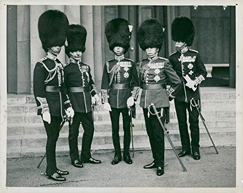 Vintage photo of The Duke of York, Earl of Cavan, the Prince of Wales, the Duke of Connaught and Sir Alfred Codrington