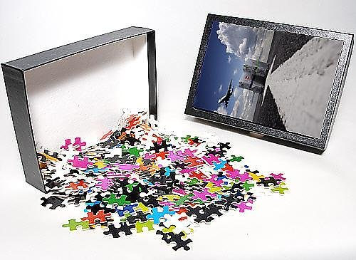 Photo Jigsaw Puzzle of Suitcases with aircraft taking off