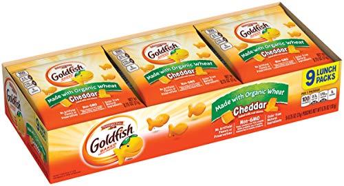 (Pepperidge Farm Goldfish Made with Organic Wheat Cheddar, 9 Count)