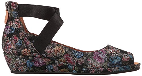 visa payment Gentle Souls Women's Lisa Low Wedge Peep Toe Elastic Strap Pump Black Flower cheap sale low price fee shipping SSzOF