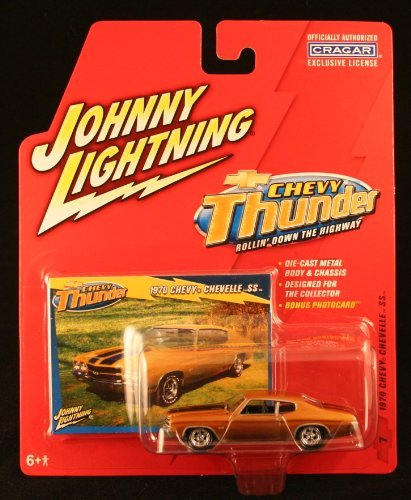 1970 CHEVY CHEVELLE SS * CHEVY THUNDER * 2005 Johnny Lightning Die-Cast Vehicle & Collector Trading Card