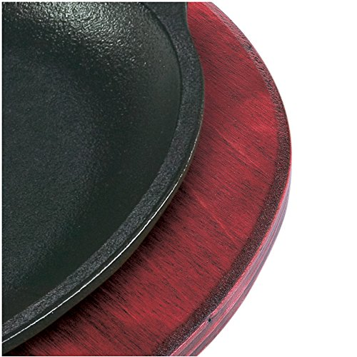 Lodge Red Oval Wood Underliner - 6 per case.