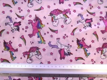 """5 COLOURS TO CHOOSE FROM NEW 1 MTR HORSE PRINT 100/% COTTON FABRIC...45"""" WIDE."""