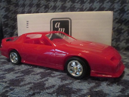 #6119 AMT/ Ertl 1992 Heritage Edition Camaro Z/28,Bright Red 1/25 Scale Plastic Promo Model Car, Fully Assembled