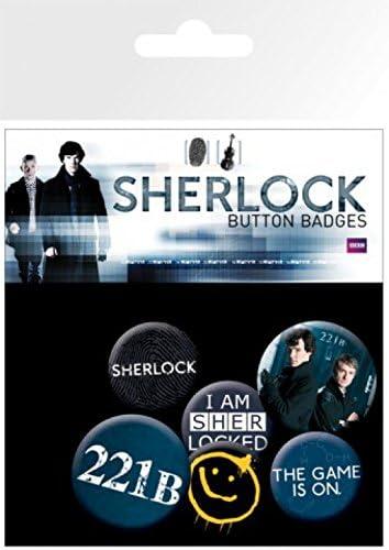 Inklusive 1x /Überraschungs-Sticker 4 X 25mm /& 2 X 32mm Buttons Button Pack 15x10 cm 1art1 Sherlock 221B Sherlocked