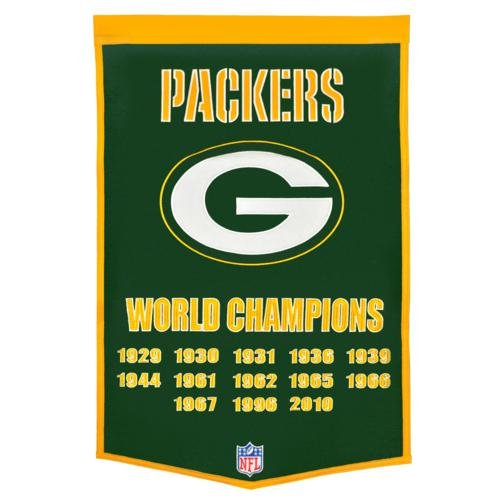 - Green Bay Packers Super Bowl Championship Dynasty Banner - with hanging rod