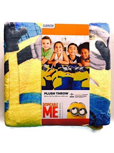 Despicable Me Minions Plush Oversize Throw Blanket Silky Soft 59 x 78 Minion -