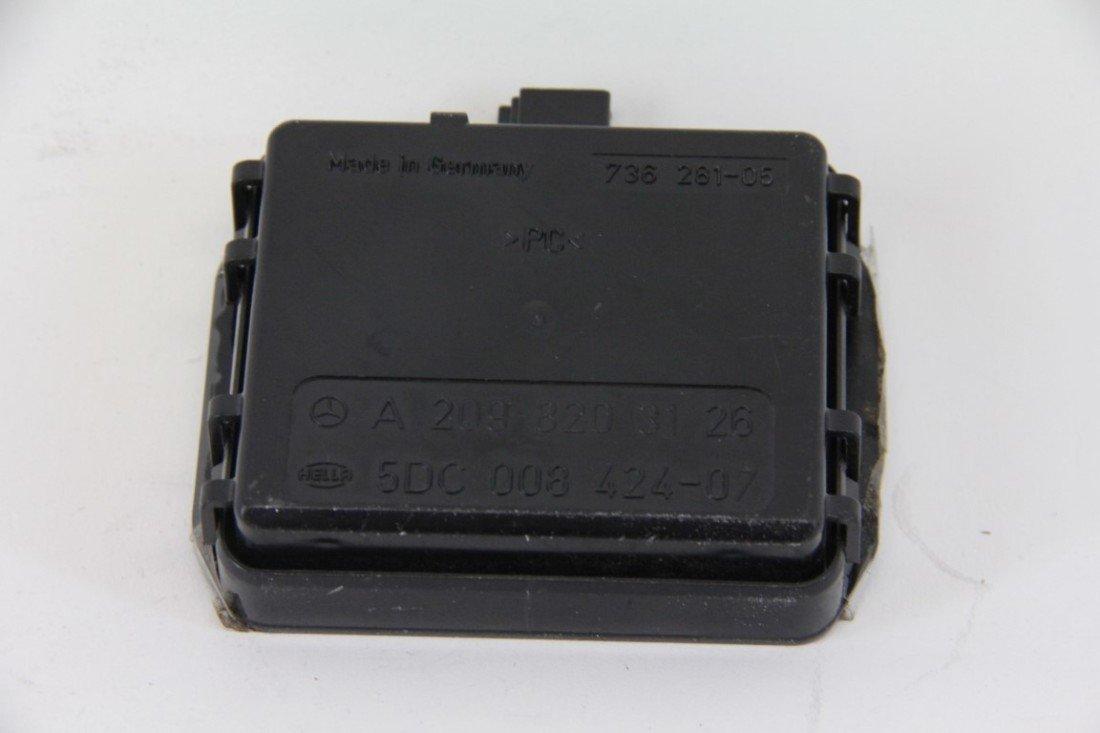 Mercedes CLK 500 03-09 Windshield Wiper Rain Sensor Unit