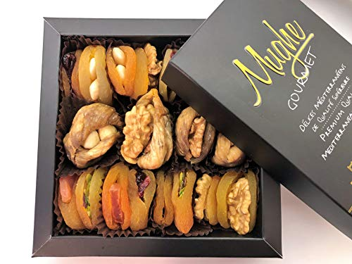 Mughe Premium Gourmet Holiday Nuts & Dried Fruit Gift Basket 12 Oz, Healthy Snacks, Great for Birthday, Corporate Gift, Family Parties, Sympathy, Get Well (Premium Corporate Gifts)