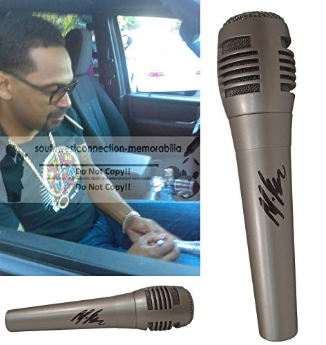 Comedian Mike Epps Signed Hand Autographed Microphone with Proof Photo of Michael Signing the Mic, Next Friday, Friday After Next, Last Friday, Funny Bidness, Don't Take It Personal, Meet the Blacks, COA