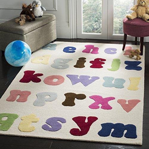 Safavieh Safavieh Kids Collection SFK389A Handmade Ivory and Multi Cotton Area Rug (5' x 8')