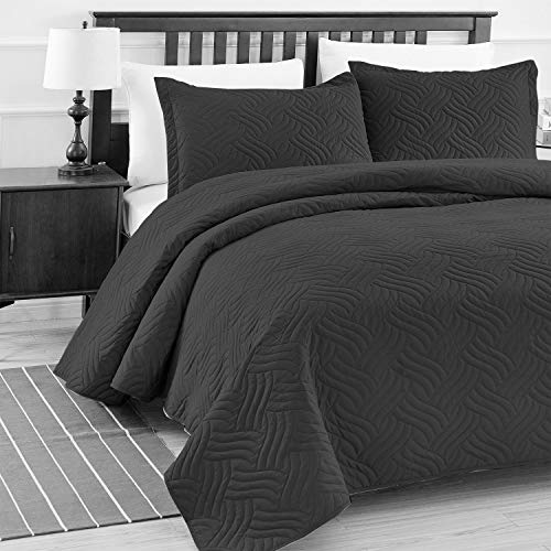 - Luxe Bedding 3-piece Oversized Quilted Bedspread Coverlet Set (King/CalKing, Wava / Black)