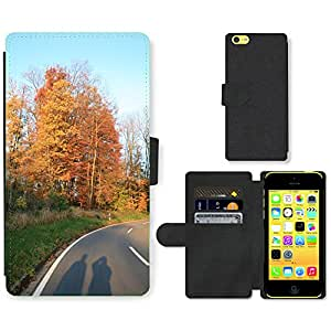 PU Cuir Flip Etui Portefeuille Coque Case Cover véritable Leather Housse Couvrir Couverture Fermeture Magnetique Silicone Support Carte Slots Protection Shell // M00158025 Juego de sombra humana Camino del otoño // Apple iPhone 5C