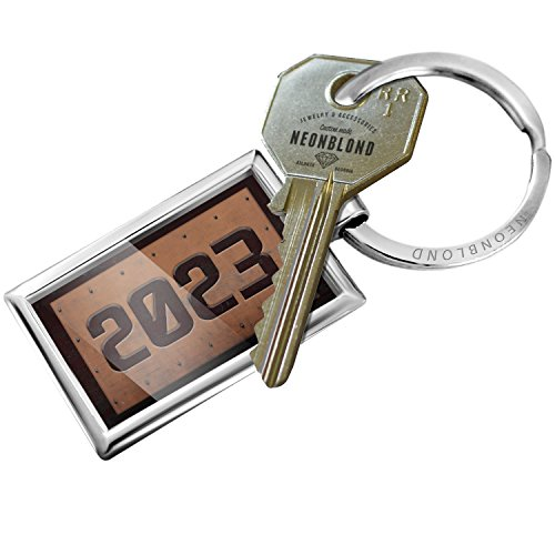 NEONBLOND Keychain Industrial Metal Rusty Year -
