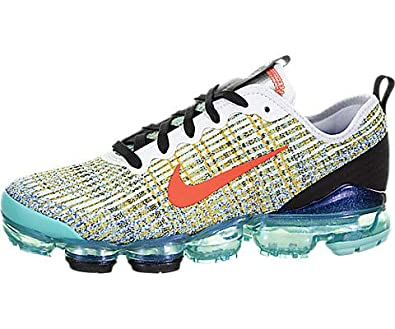 premium selection eb830 32e18 Amazon.com: Nike Air Vapormax Flyknit 3 (Kids): Shoes