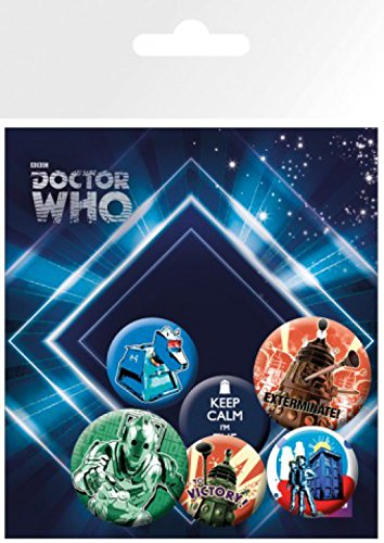 1art1 Set: Doctor Who, Retro, 4 X 25mm & 2 X 32mm Buttons Button Pack (15x10 cm) Inklusive 1x Überraschungs-Sticker