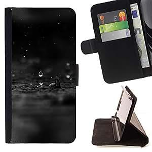 For Apple Apple iPhone 4 / iPhone 4S Case , Triste Negro Gota de lluvia Lluvia Agua Negro Oscuro- la tarjeta de Crédito Slots PU Funda de cuero Monedero caso cubierta de piel