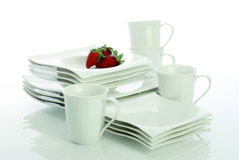 Amazon Com Maxwell And Williams Basics Motion 16 Piece Dinner Set White Dinnerware Sets Dinnerware Sets